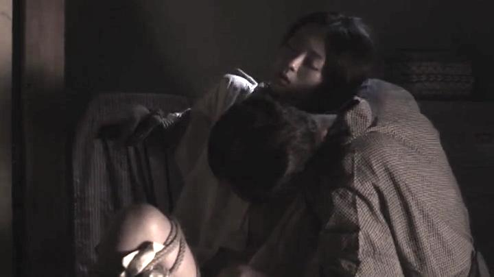 祥子【D坂の殺人事件】でヌードと濡れ場を披露!3回目、絡み6(明)