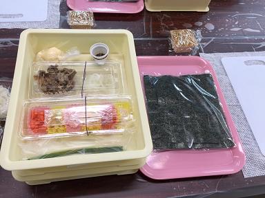 2 焼肉まき寿司の材料