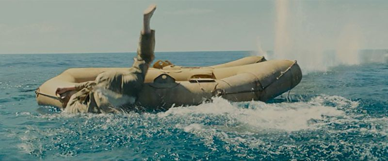 海に飛び込むザンペリーニたち