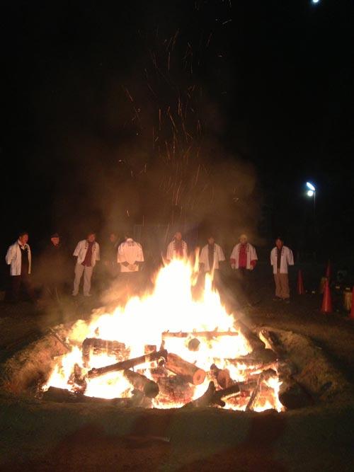 廣田神社の福火