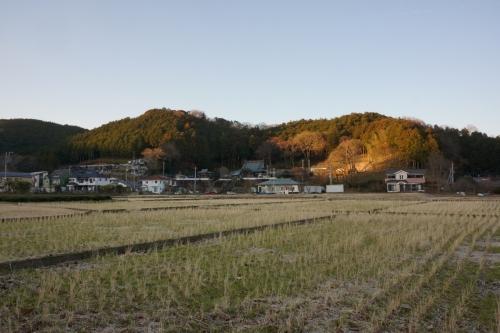 8葛山城遠景 (1200x800)