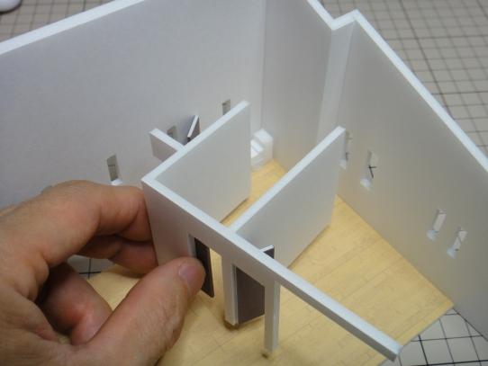 内壁の組み立て