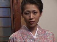 人妻熟女動画:【友田真希】うなじ美人の和服未亡人