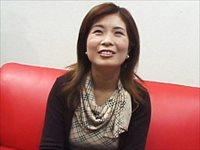 無修正 無料動画 MAX:【無修正】静香48歳 極太ディルドでは物足りない肉棒中毒おばさん