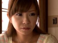 本日の人妻熟女動画:【素人】息子は童貞!性教育でゴックンしちゃう母親♪
