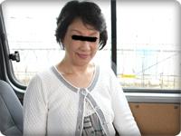 無料AVちゃんねる:【無修正・素人】チ●ポにムシャブリつきゴックンするデカクリ五十路パイパン奥さん!