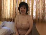 人妻熟女動画 : 背面騎乗位でおっぱいが揺れまくる豊満巨乳熟女