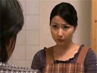 人妻熟女動画:隣人の男に菓子折りを持っていくと自宅に連れ込まれレイプされる美人妻