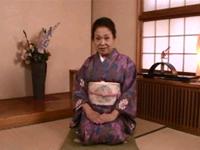 熟成熟女人妻研究会:和室で着物のレジェンドと!