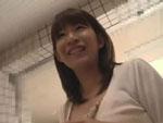人妻熟女動画 : 無料キャンペーンと称して人妻を騙して猥褻行為に及ぶ悪徳マッサージ師