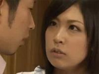 人妻熟女動画:近所に住む男性に夕食を振るまうと誘い肉体関係になる人妻