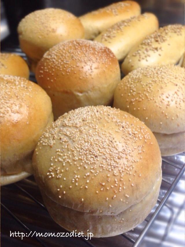 バンズとドッグパン