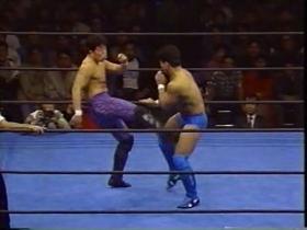 札幌の安生vs鈴木1