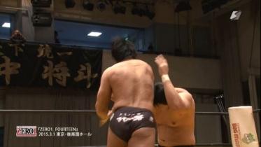 2発目、3発目は鈴木がダッキングして、