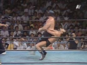 背筋力で投げるジャーマン!!