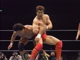 高田が脇固めに切り返す
