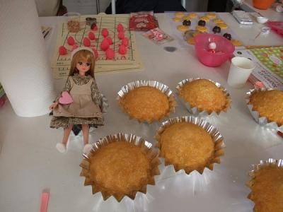 カップケーキとリカ
