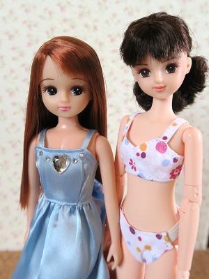 25cmミツキとアリエルリカちゃん