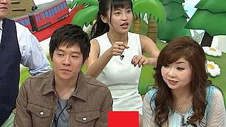 【放送事故】小島瑠璃子が遂にパンツ丸見え!色が衝撃的すぎると話題に