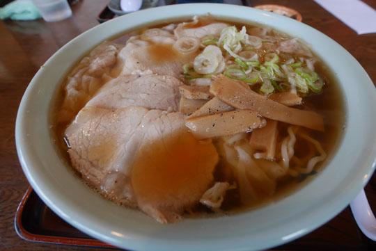 104ワンタン麺