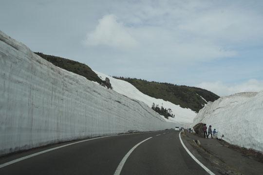 412雪の壁