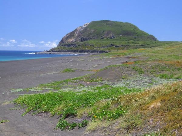 硫黄島の摺鉢山