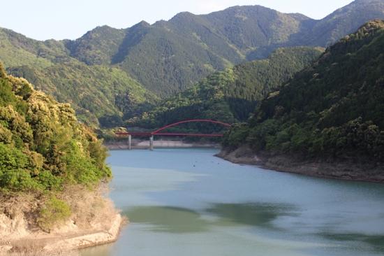 龍神温泉 ダム湖