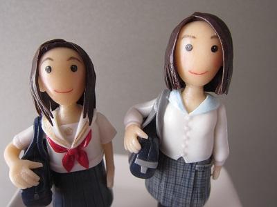 バッグ付き女子中高生2