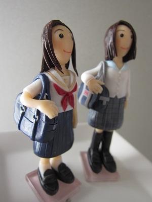 バッグ付き女子中高生3