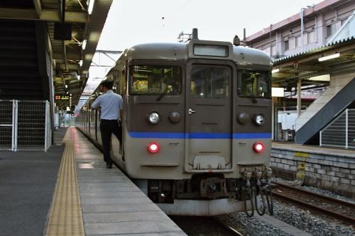 IMG_6643 呉線 広駅からクハ111