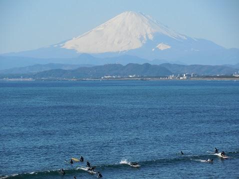 えのすいから見た富士山@藤沢市B