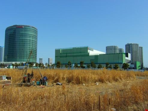解体中の横浜GENTO c
