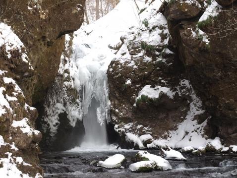竜返しの滝150204