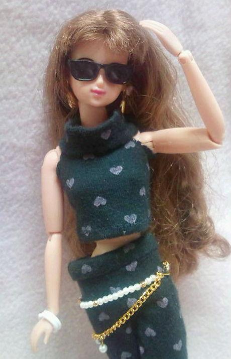 ジェニー黒ドレスアップ