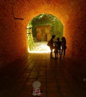 おばぶトンネルを歩く