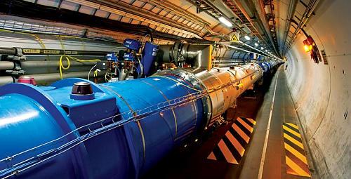 LHC再稼働