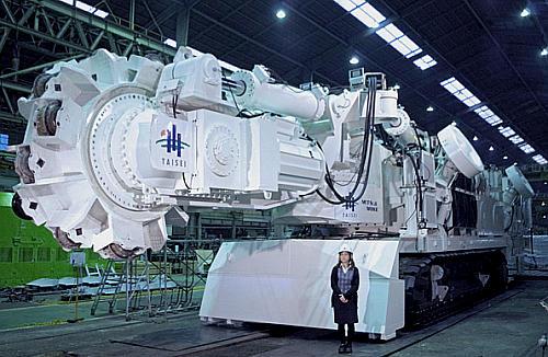 新型トンネル硬岩掘削機 TM-100 爆誕