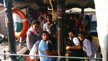 Cochin_Backwater_27.jpg