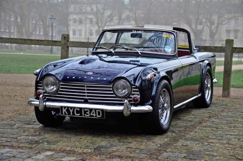 Triumph-TR4_convert_20150607123645.jpg