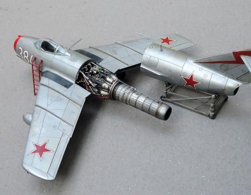 MiG15_12.jpg