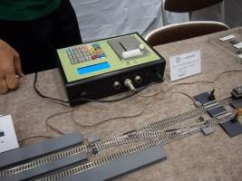 レンツのシステムを踏襲した国産DCCコントローラーです。