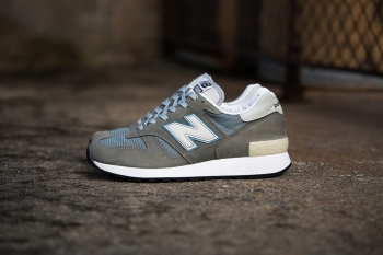 new-balance-1300-jp-detailed-look-00.jpg