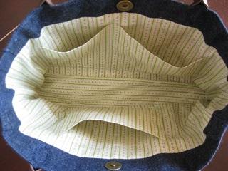 カロチャ刺繍バッグ内側