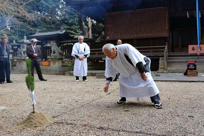 和爾下神社 おんだ祭4
