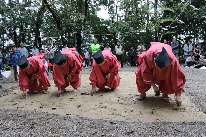 倭文神社 おんだ祭2