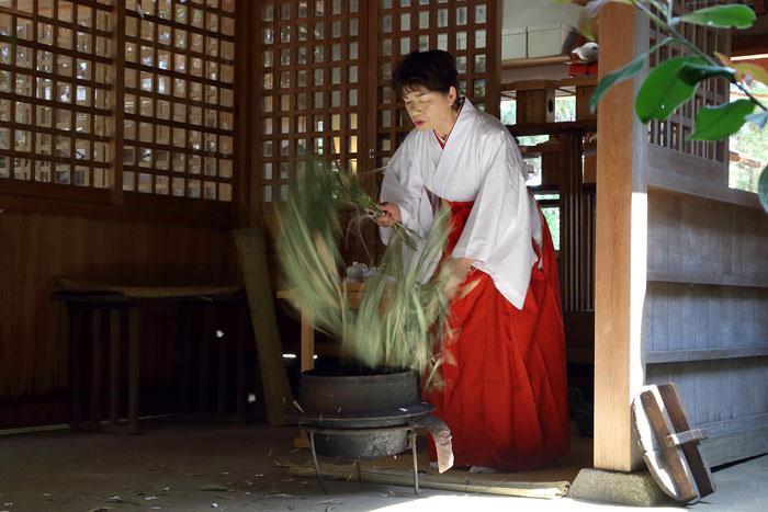 糸井神社 太太神楽1