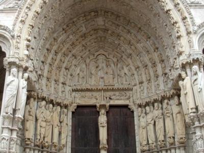 パリ48シャルトル大聖堂北