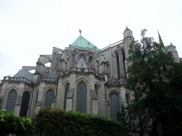 パリ50シャルトル大聖堂東