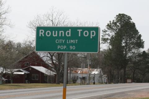 roundtopsignBEST.jpg