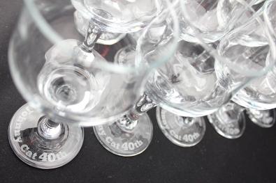 周年記念のエッチンググラスにジェルキャンドル